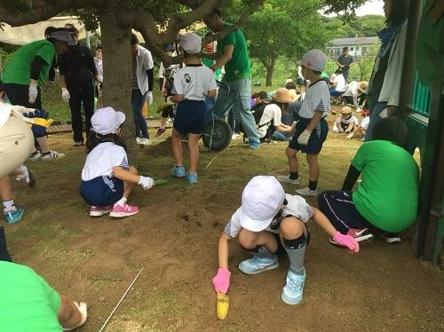 芝生プロジェクト 当日_e0149215_17414877.jpg