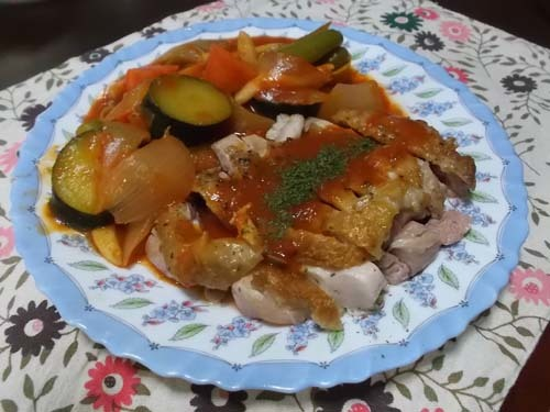 鶏もも肉のソテーとラタトゥイユ_f0019498_07290581.jpg