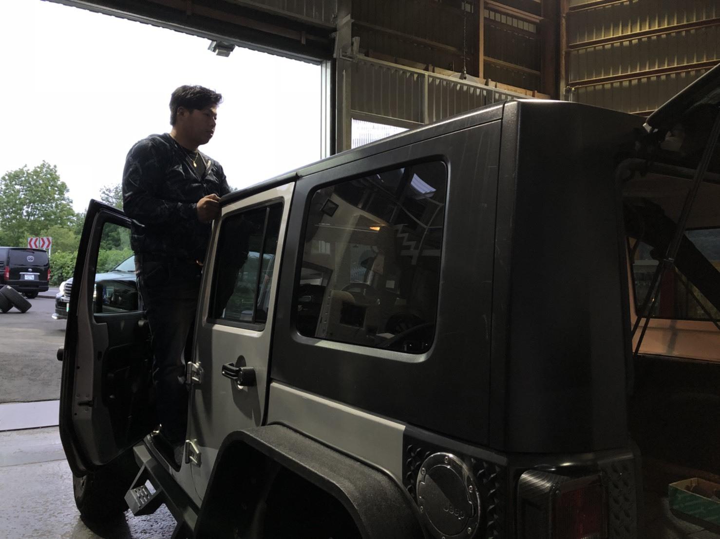 6月18日(月)トミーベース カスタムブログ☆Y様プリウスα☆M様ワゴンRが納車となりました☆_b0127002_12080858.jpg