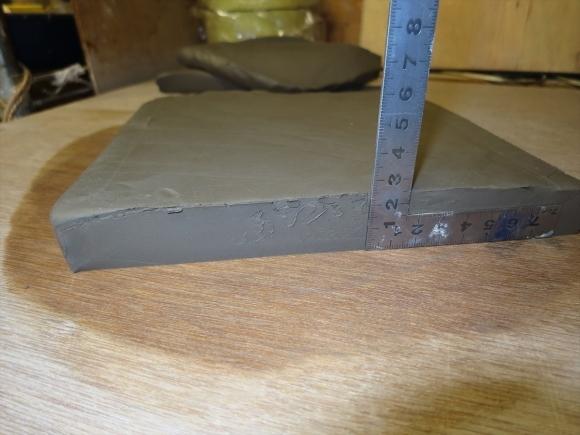 ミニ盆栽用極小八角鉢の石膏型制作_d0277868_19183276.jpg