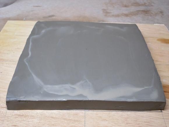 ミニ盆栽用極小八角鉢の石膏型制作_d0277868_19191539.jpg