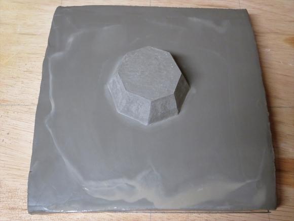 ミニ盆栽用極小八角鉢の石膏型制作_d0277868_19191938.jpg