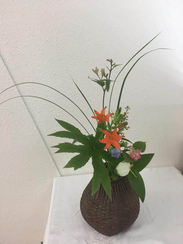 お茶花と日本画、書の発表会_c0195496_14323753.jpg