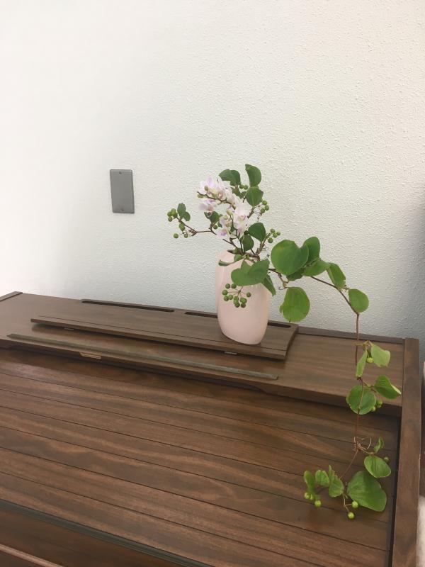 お茶花と日本画、書の発表会_c0195496_14555613.jpg