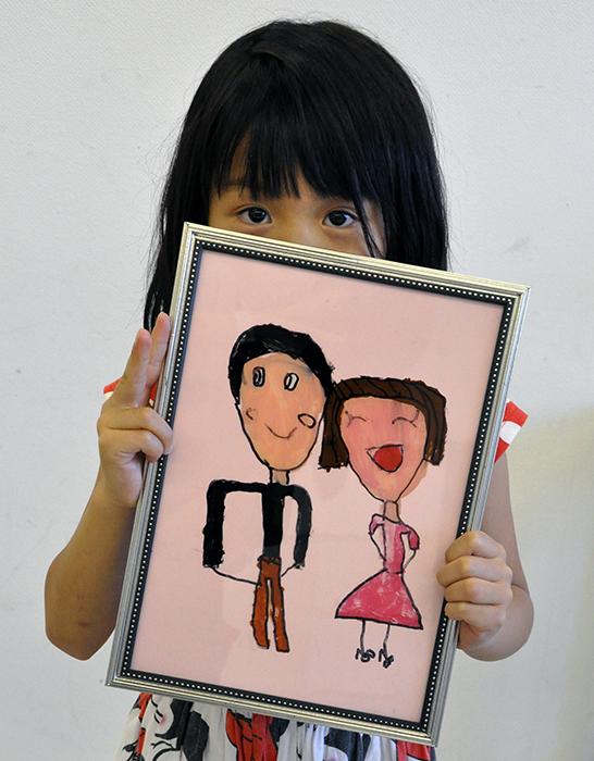 児童画クラス お父さんのガラス絵_b0212226_18544626.jpg
