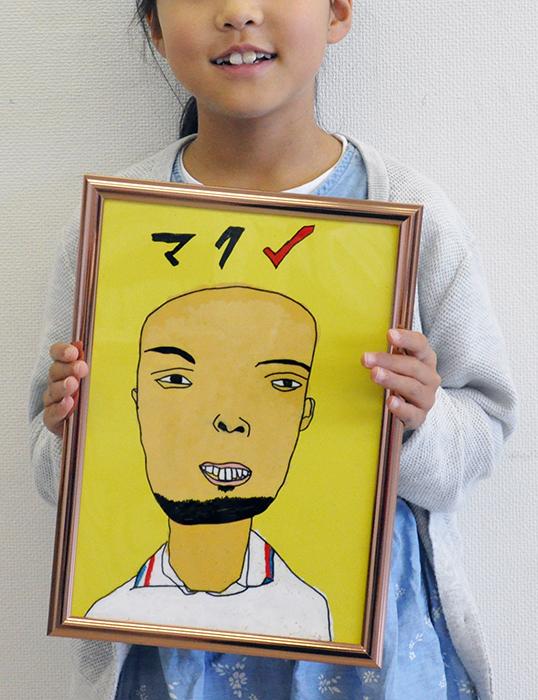 児童画クラス お父さんのガラス絵_b0212226_18553563.jpg
