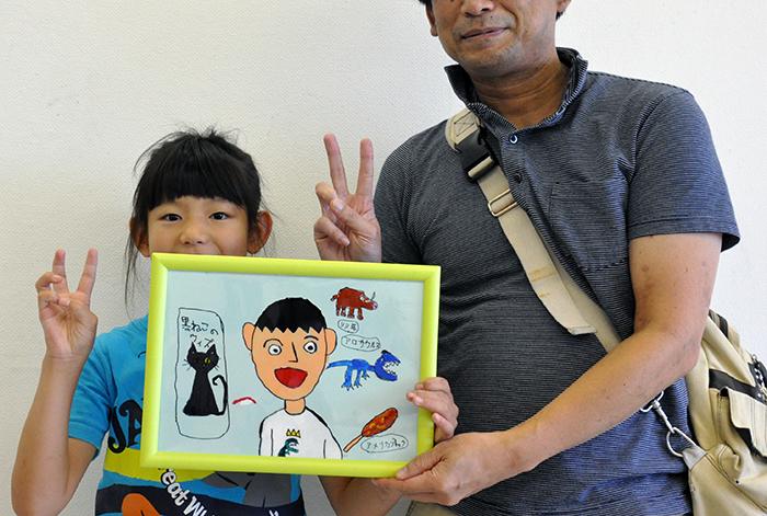 児童画クラス お父さんのガラス絵_b0212226_18573789.jpg