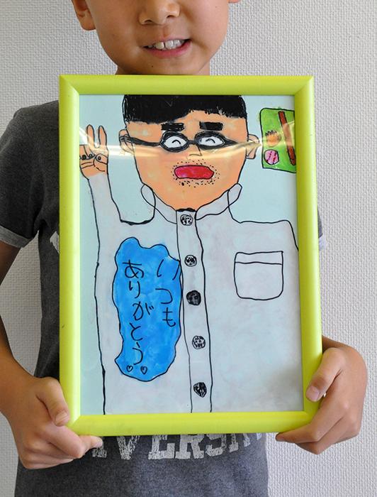 児童画クラス お父さんのガラス絵_b0212226_19224494.jpg