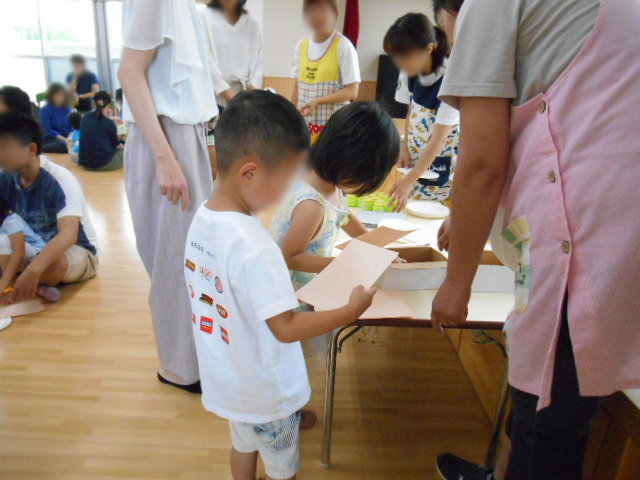きりん組 保育参観と給食懇談会_e0148419_16252425.jpg