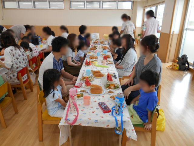きりん組 保育参観と給食懇談会_e0148419_16321523.jpg