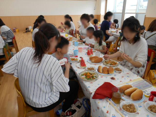きりん組 保育参観と給食懇談会_e0148419_1634496.jpg
