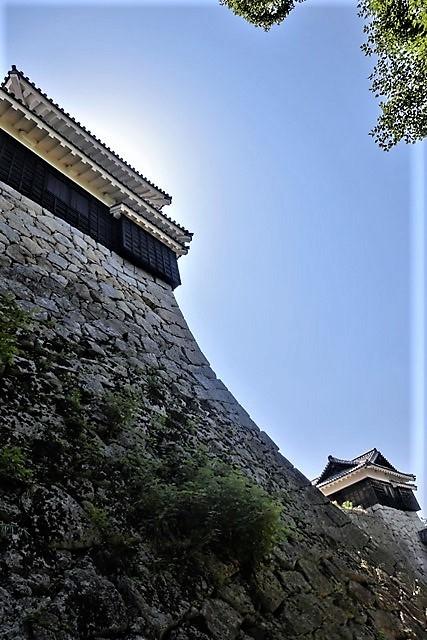 名城松山城を訪ねる旅、坊ちゃん列車路面電車の行き交う楽しい町松山・・・道後温泉と松山城、名君加藤義明_d0181492_16343109.jpg