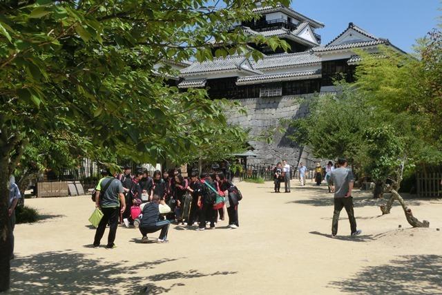 名城松山城を訪ねる旅、坊ちゃん列車路面電車の行き交う楽しい町松山・・・道後温泉と松山城、名君加藤義明_d0181492_16363997.jpg