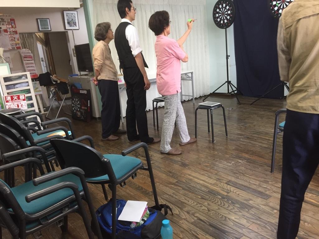 認知症予防教室(ダーツで脳トレーニング)_c0113948_14285680.jpg