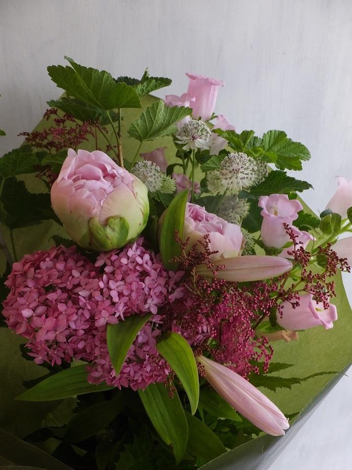 オークリーフ(6月の花束・ピンク色の花を入れて)_f0049672_11441467.jpg