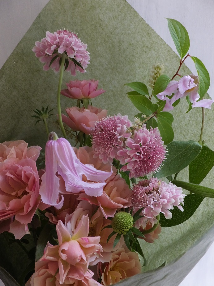 オークリーフ(6月の花束・ピンク色の花を入れて)_f0049672_11444636.jpg