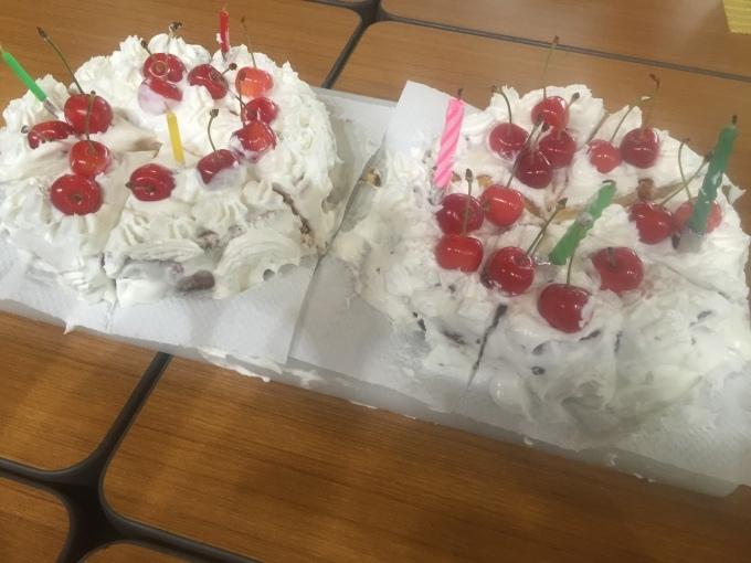 誕生日のケーキ 男の手料_a0125981_18152554.jpg