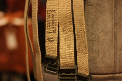 "【DEAD STOCK】 ""FRENCH MILITARY CANVAS BELT\"" & \""UK MILITARY 止血ベルト\"" ご紹介_f0191324_08303683.jpg"