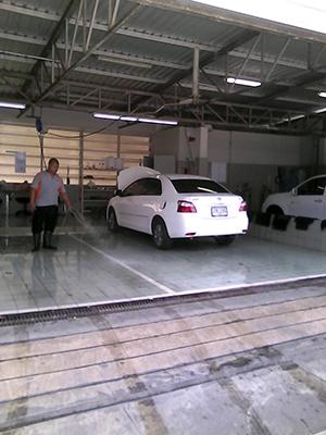 洗車_f0144385_14213122.jpg