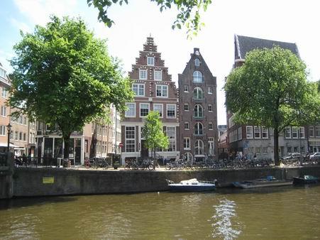 オランダへの小旅行 – 4 (アムステルダム、ゴッホ・ミュージアム)_a0280569_0382537.jpg