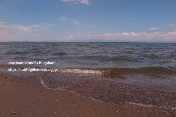 琵琶湖は、ぼちぼち夏色&遅ごはんは、お鍋ど~ん(^_^)v_c0326245_11504377.jpg