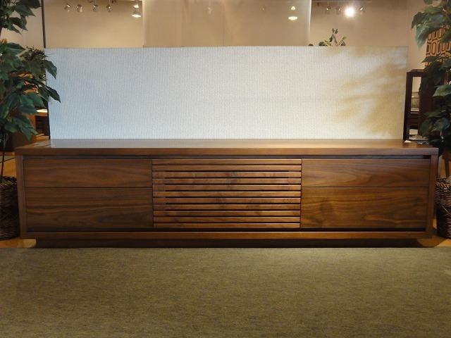 M\'s furniture     (一枚板と木の家具の専門店)_b0318103_15261765.jpg