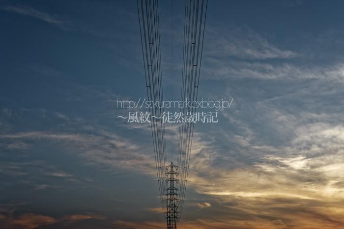 日没後の鉄塔のある風景。_f0235723_20333259.jpg