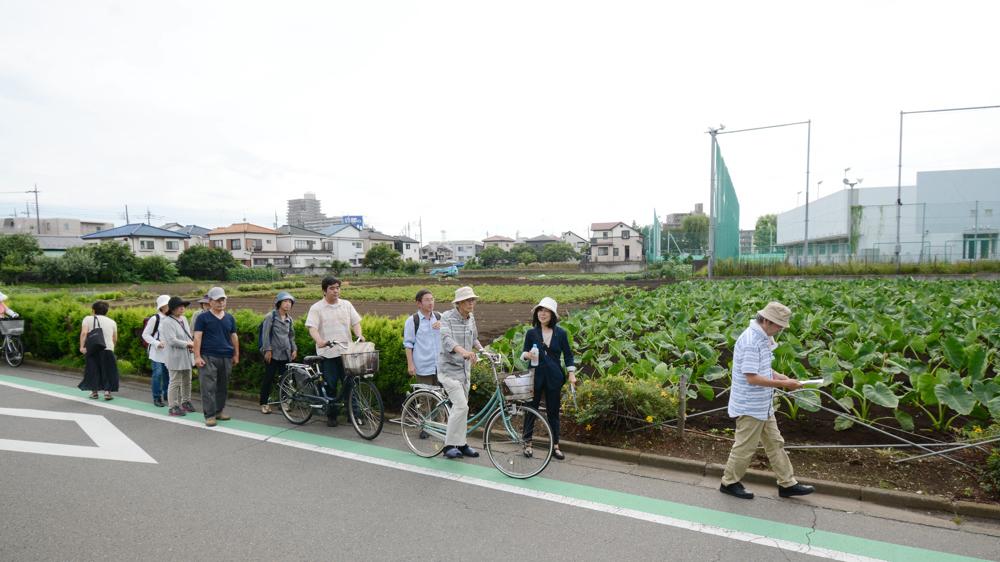 都市計画道路を歩く_b0190576_00233948.jpg