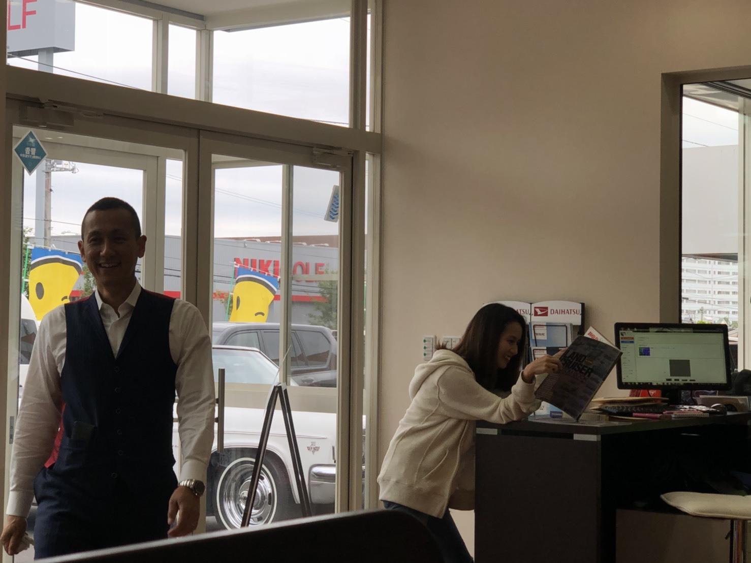 6月26日(火)本店ブログ☆ ランクル ハマー アルファード_b0127002_16002962.jpg