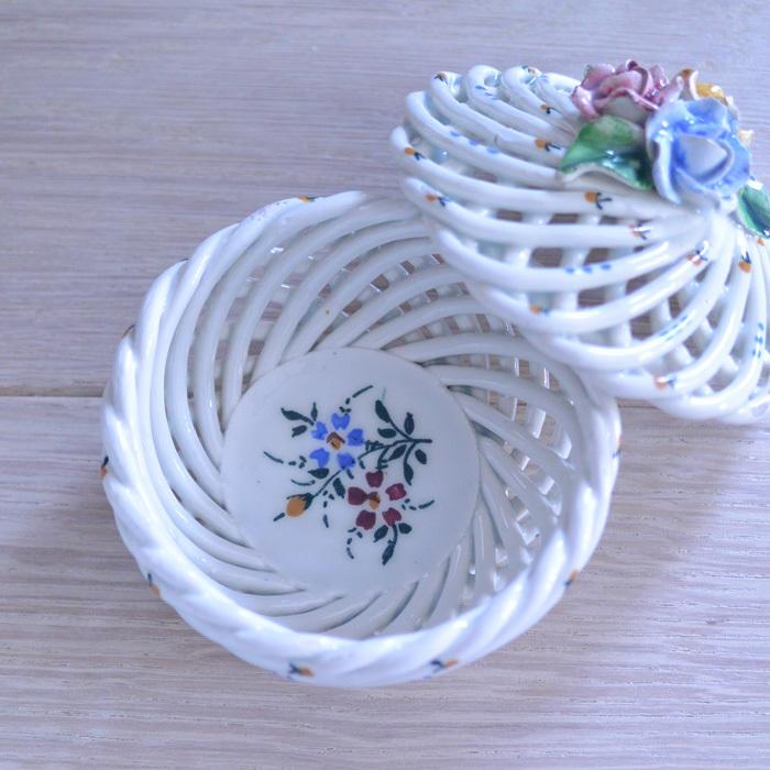◆フランスアンティーク*とてもときめいた♡陶器のパニエ・ボンボニエール_f0251032_15072876.jpg