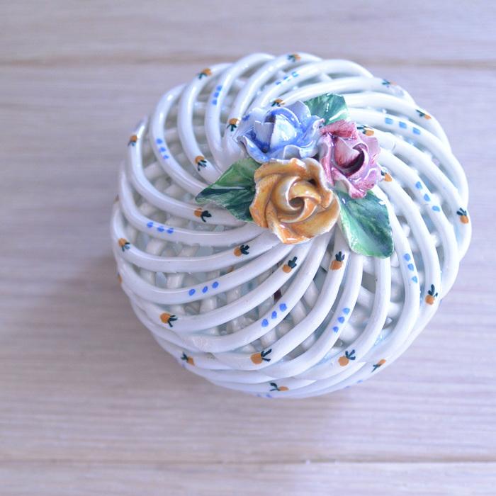 ◆フランスアンティーク*とてもときめいた♡陶器のパニエ・ボンボニエール_f0251032_15074442.jpg