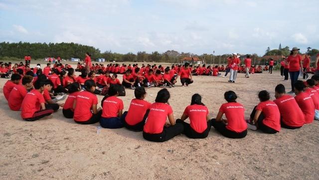 バリ島の若者の就職事情(海員学校)_d0083068_11594820.jpg