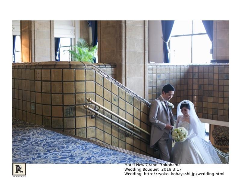 映画のワンシーンのような思わずうっとりしてしまうお写真をいただきました!Hotel New Grand Yokohama  Wedding Bouquet 2018 3.17_c0128489_20564962.jpg