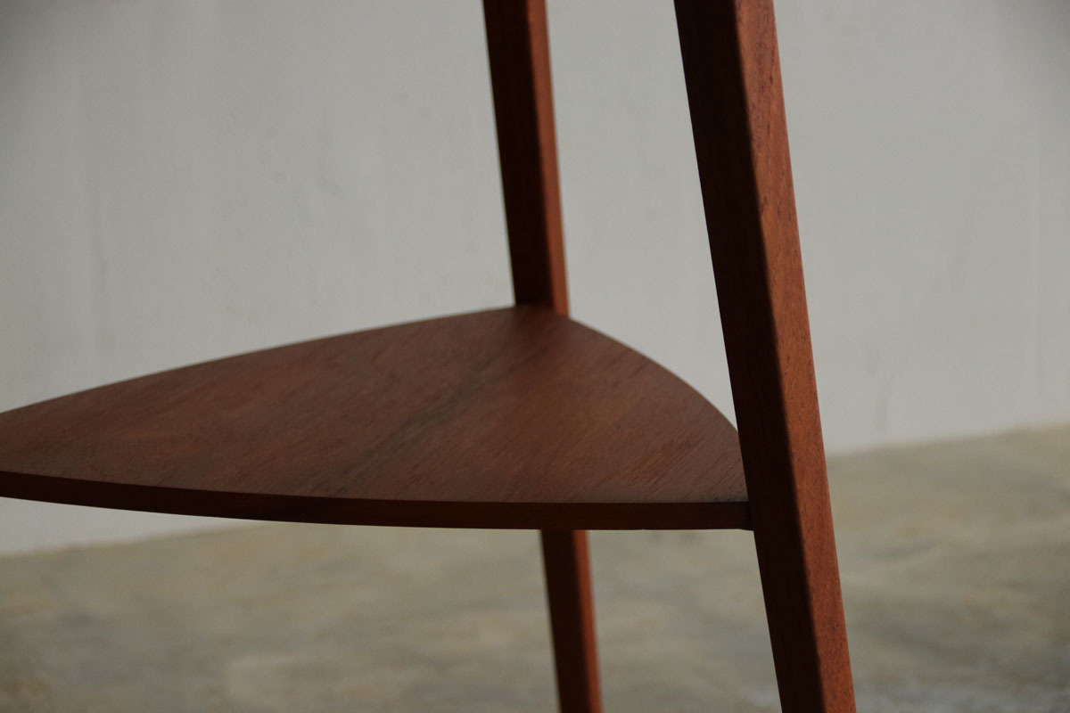 『Teak Round Side Table』_c0211307_22401738.jpg