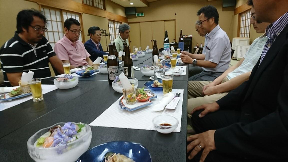 会議と小川屋さんの料理_b0237229_08095373.jpg