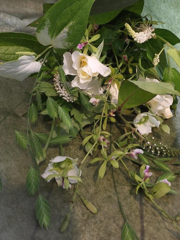 オークリーフ花の教室(落合さんの作品)_f0049672_16232856.jpg
