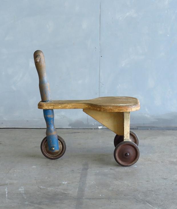 フランス製の三輪車_d0335577_10424033.jpg