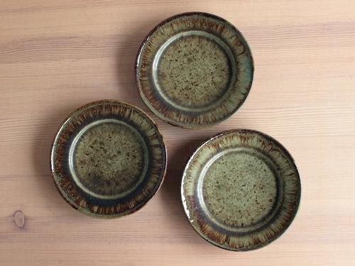大沼道行さんの緑釉とわら灰釉のうつわ。_a0026127_13485010.jpg