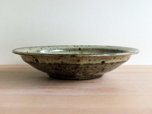 大沼道行さんの緑釉とわら灰釉のうつわ。_a0026127_15392771.jpg