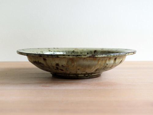 大沼道行さんの緑釉とわら灰釉のうつわ。_a0026127_15412417.jpg