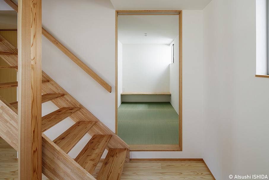 「鶴川の家」竣工写真・1階エリアと吹抜_b0061387_11543494.jpg