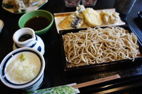 【ながら長生庵 お蕎麦と舞茸の天ぷら】_f0215714_17022661.jpg