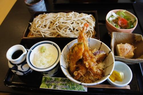 【ながら長生庵 お蕎麦と舞茸の天ぷら】_f0215714_17025770.jpg