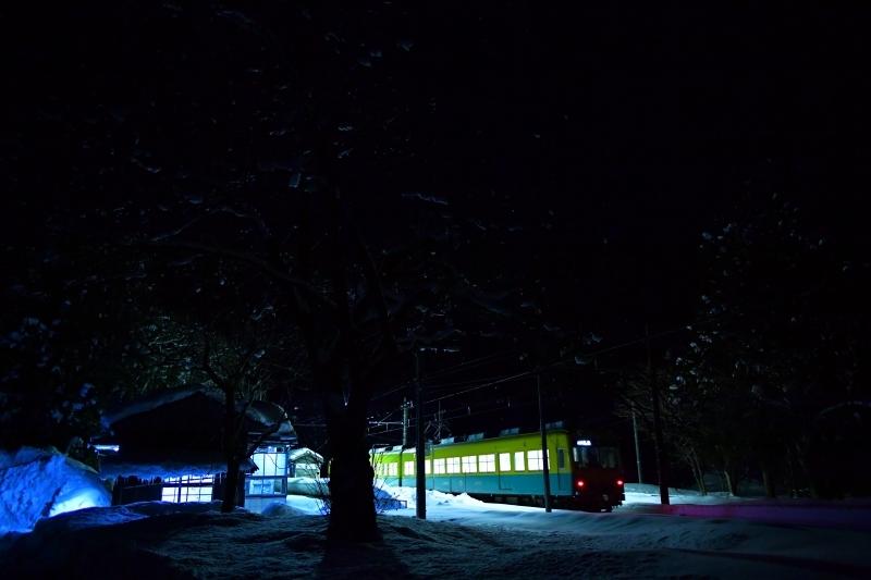 夜鉄  富山地方鉄道_f0050534_08283302.jpg