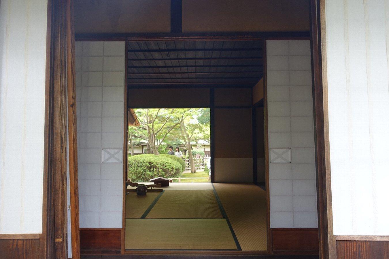 鶴ヶ城公園 茶室「麟閣」_c0112559_08411506.jpg