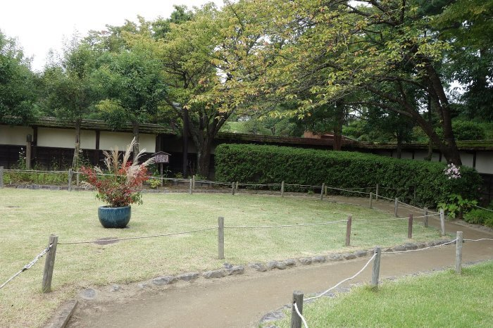 鶴ヶ城公園 茶室「麟閣」_c0112559_08451310.jpg