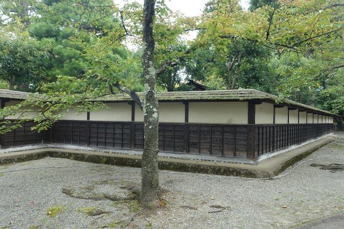 鶴ヶ城公園 茶室「麟閣」_c0112559_08482279.jpg