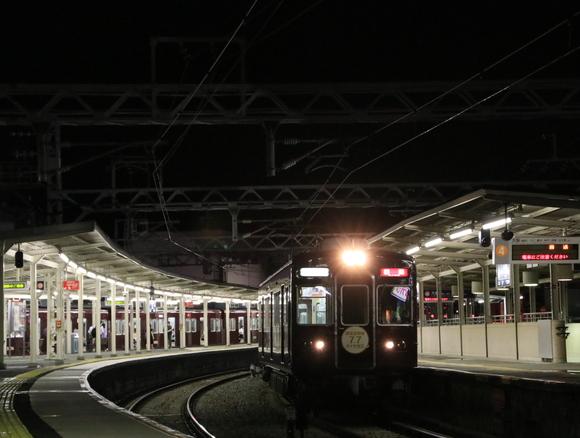 阪急宝塚線 5100系 回送 この姿も見納め_d0202264_22305223.jpg