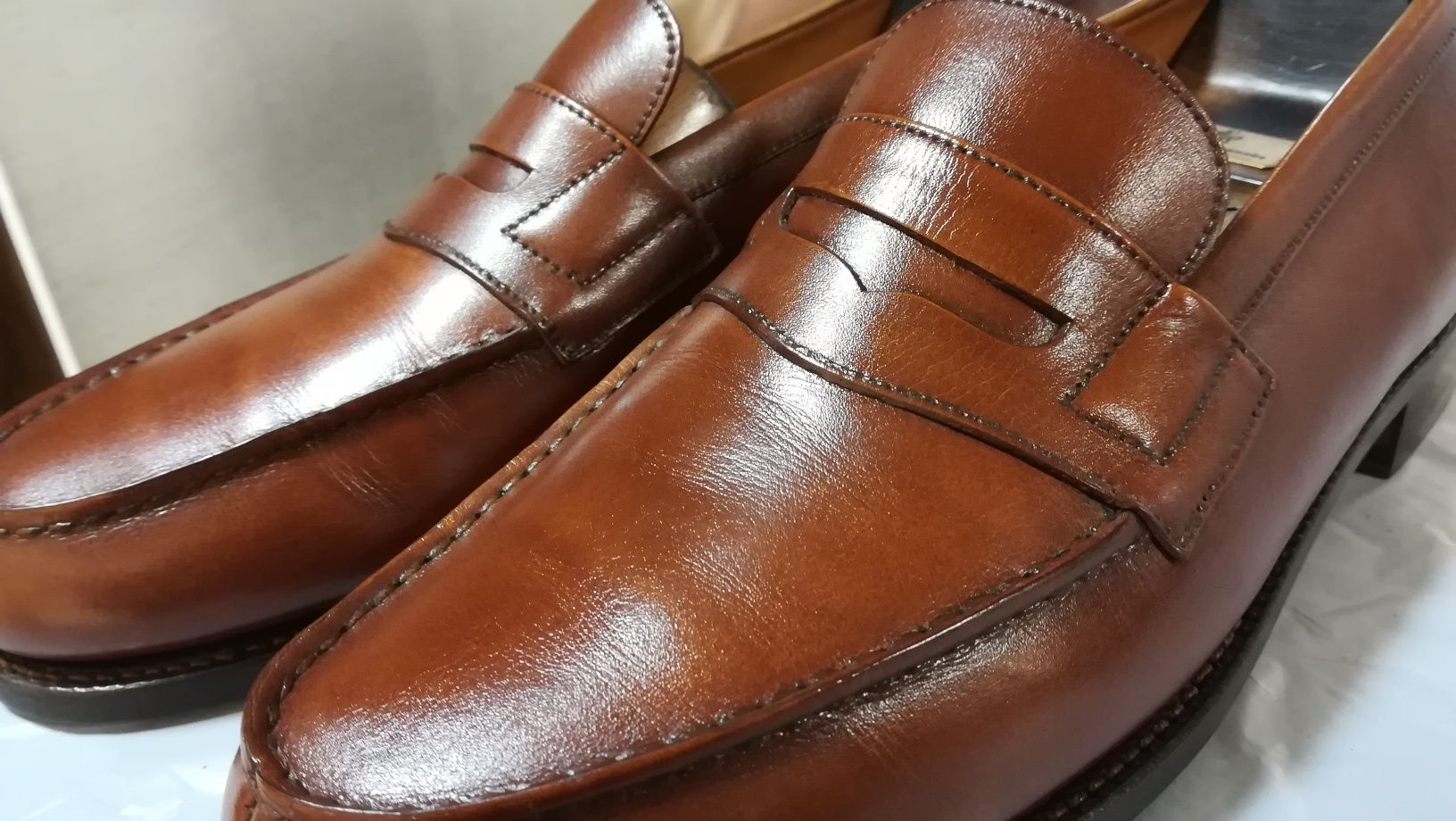 重なった靴クリームをリフレッシュ②_d0166598_16064943.jpg