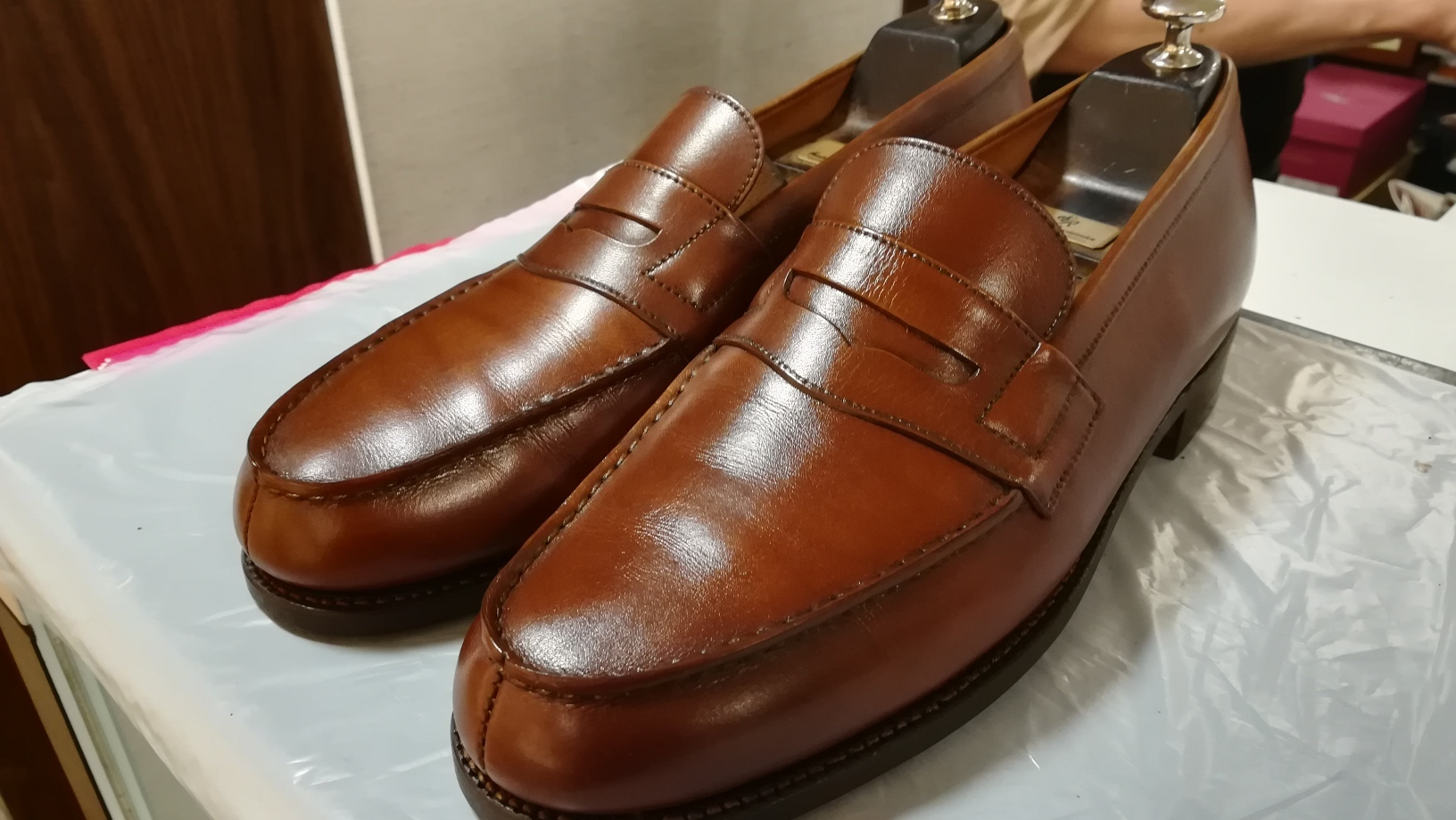 重なった靴クリームをリフレッシュ②_d0166598_16065288.jpg